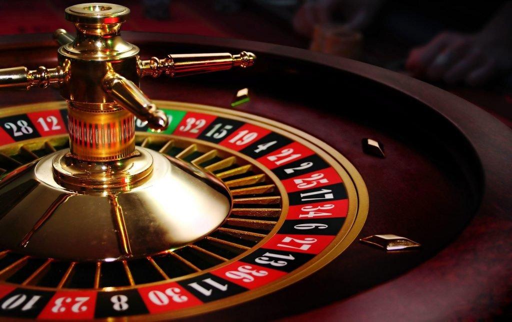 cuanto gana un casino