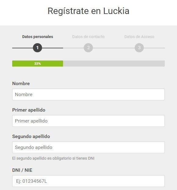 como registrarse en luckia